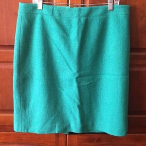J crew the pencil skirt in green size 14